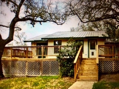 Travis County Single Family Home Pending - Taking Backups: 2207 Saratoga Dr