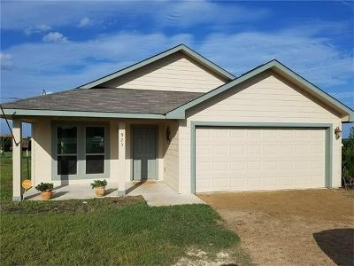 Single Family Home Pending - Taking Backups: 925 Thousand Oaks Trl