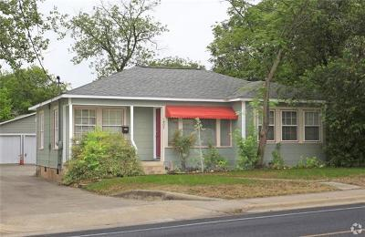 Single Family Home For Sale: 1402 W North Loop Blvd