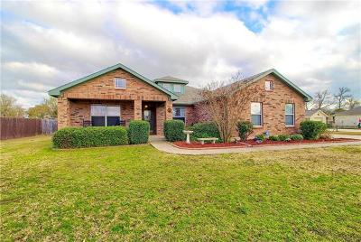 Bastrop County Single Family Home For Sale: 165 Murchison Dr