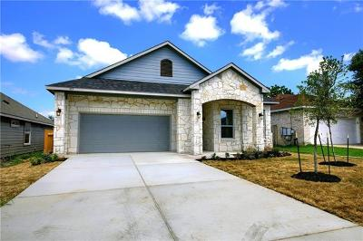 Elgin TX Single Family Home For Sale: $225,900