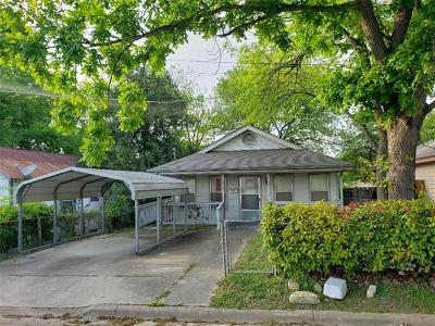 Lockhart Single Family Home Pending - Taking Backups: 817 2nd St