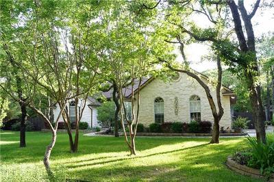 Elgin Single Family Home For Sale: 110 Spanish Oak Trl