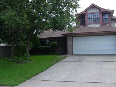 Round Rock Single Family Home Pending - Taking Backups: 819 Clearwater Trl