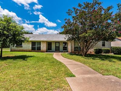 Georgetown Single Family Home Active Contingent: 208 Sunshine Dr