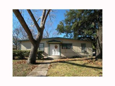 Single Family Home For Sale: 7006 Guadalupe St