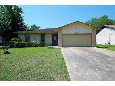 Round Rock Single Family Home Pending - Taking Backups: 1509 Wroxton Way