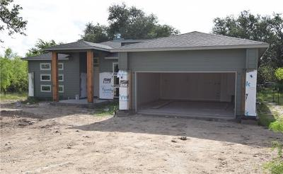 Burnet County Single Family Home For Sale: 105 Keswick Dr