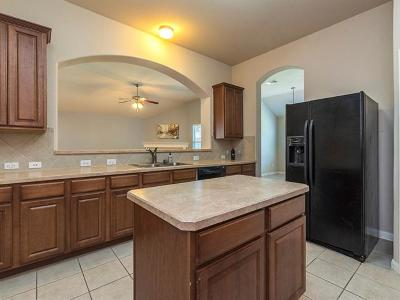 Buda Single Family Home For Sale: 159 Black Cap Run