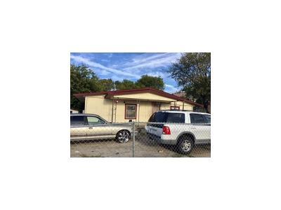 Austin Single Family Home For Sale: 604 Montopolis Dr
