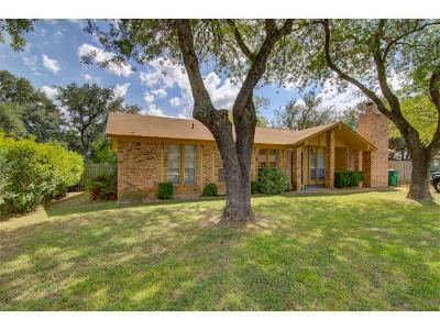 Cedar Park Single Family Home Pending - Taking Backups: 208 Thompson St