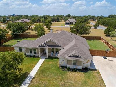 Burnet County Single Family Home For Sale: 200 Buckingham Dr