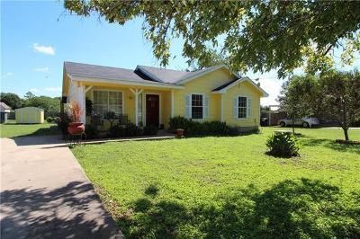 Burnet County Single Family Home For Sale: 555 Live Oak Dr