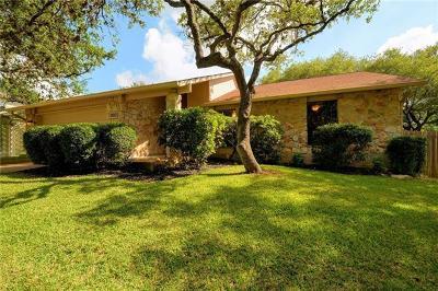 Single Family Home Pending - Taking Backups: 3102 Honey Tree Ln