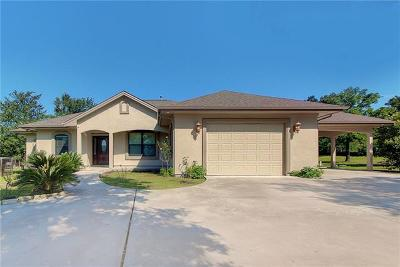 Elgin Single Family Home For Sale: 190 Comanche Trl