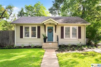San Marcos Single Family Home For Sale: 111 N Mitchell St