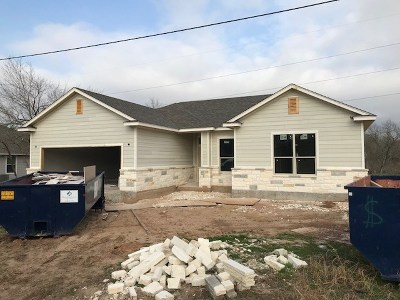 Bastrop County Single Family Home For Sale: 132 Waikakaaua Dr