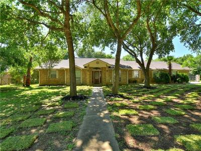 Bastrop Single Family Home For Sale: 135 Moku Manu Dr