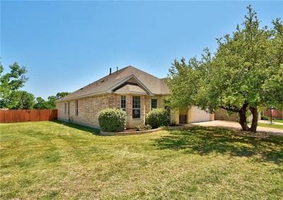 Single Family Home For Sale: 111 Knoll Cv