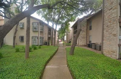 Condo/Townhouse Pending - Taking Backups: 8600 Fathom Cir #1106