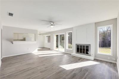 Travis County Single Family Home For Sale: 2803 Cornish Cir