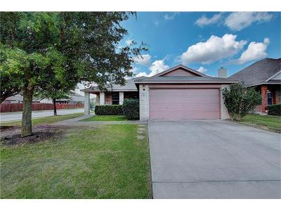 Hutto Single Family Home For Sale: 203 Mollie Dr