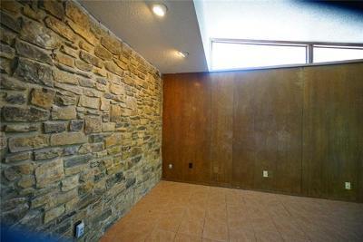 Austin Multi Family Home For Sale: 2907 Rogge Ln N