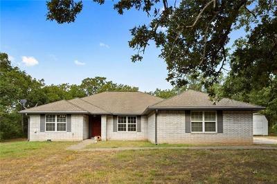 Lockhart TX Single Family Home For Sale: $299,900