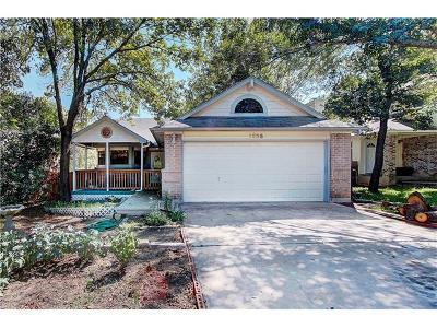 Round Rock Single Family Home Pending - Taking Backups: 1325 E Logan St