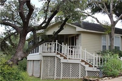Single Family Home For Sale: 543 Country Club