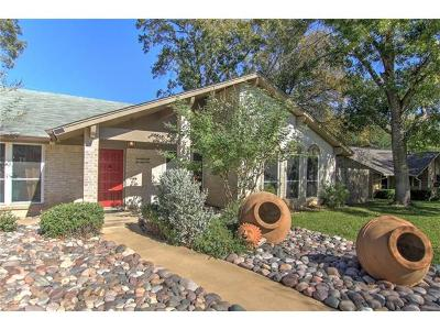 Travis County Single Family Home For Sale: 2300 Monarch Dr
