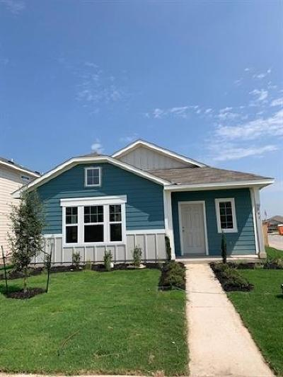 San Marcos Single Family Home For Sale: 1061 Esplanade Pkwy