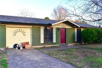 Austin Single Family Home Pending - Taking Backups: 2002 Covered Wagon Pass