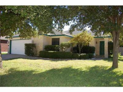 Single Family Home Sold: 15825 Sambuca Cir