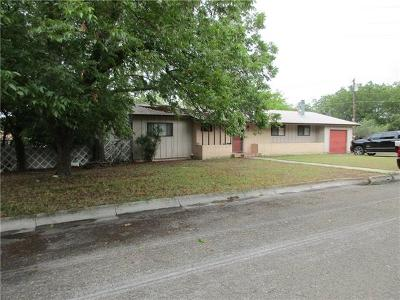 Lampasas Single Family Home For Sale: 8 Acorn