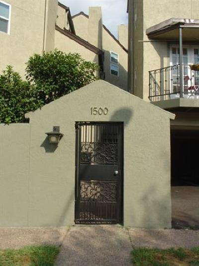 Austin Condo/Townhouse For Sale: 1500 Woodlawn Blvd #304