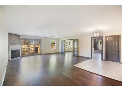 Single Family Home For Sale: 306 E Live Oak St