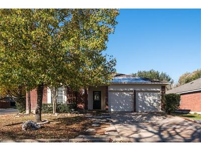 Pflugerville Single Family Home Pending: 20814 Pacers Gait Ln