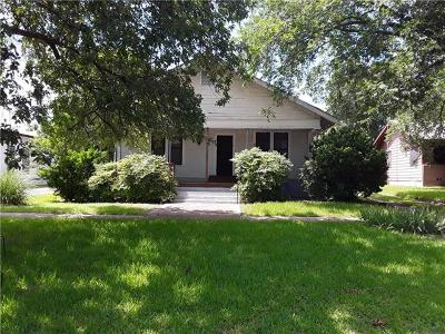 Williamson County Single Family Home For Sale: 402 E Davilla St