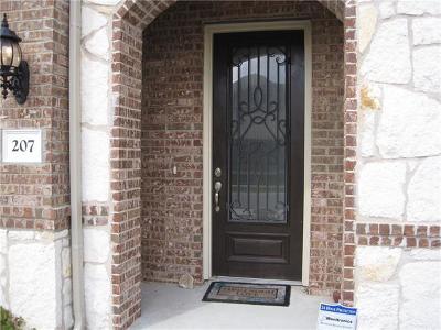 Single Family Home For Sale: 207 Mesquite Briar Trl