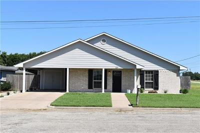 Giddings Single Family Home For Sale: 589 Cactus St