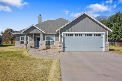 Burnet County, Llano County, Travis County Single Family Home For Sale: 400 Blackbird Dr