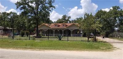 Bastrop Single Family Home For Sale: 132 Moon Mist Dr