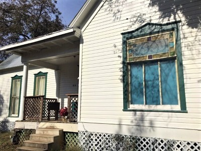 San Marcos Single Family Home For Sale: 816 W Hopkins St