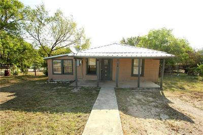 Lampasas Single Family Home For Sale: 1601 S Chestnut St