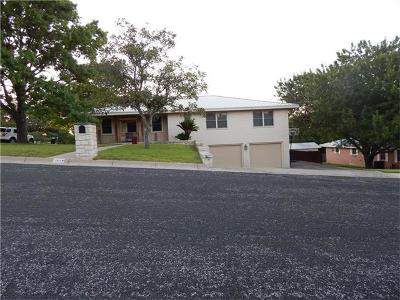 Lampasas Single Family Home Active Contingent: 1311 W Avenue A