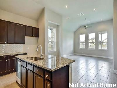 Travis County Single Family Home For Sale: 8805 Moccasin Path