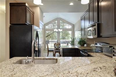 Dripping Springs Single Family Home For Sale: 17300 Lakeshore Dr