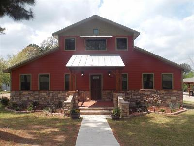 Bastrop Single Family Home For Sale: 223 Laura Ln