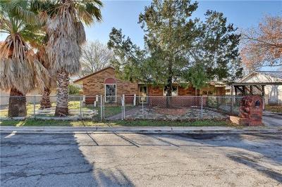 Lockhart TX Single Family Home Pending - Taking Backups: $139,000
